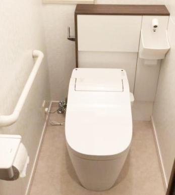 セキスイハウスの特殊なトイレでしたが綺麗にリフォームできました☆