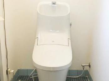 トイレで手を洗う際の水はねはもう気になりません!
