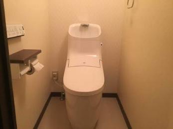 トイレの隙間汚れとはもうおさらばです!!