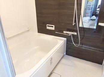 浴室がオシャレで快適になりました!!